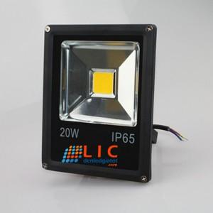 Đèn Pha 20W Full Vỏ Đen Lic Lighting